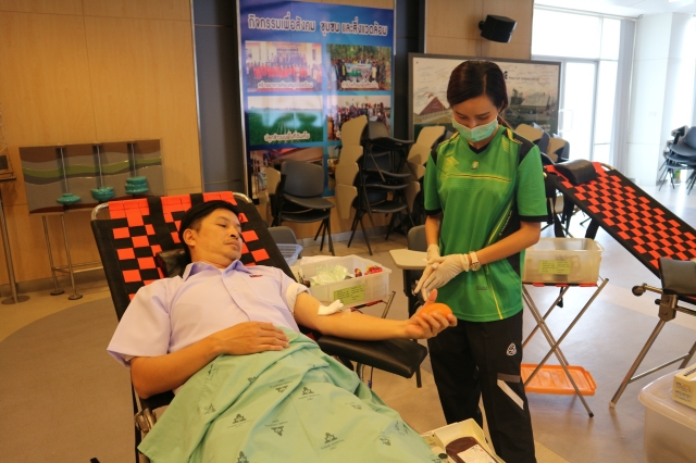 Employees of Pimai Salt Co.,Ltd. With contractor companies ( 30 persons) jointly donated blood to Phimai Hospital